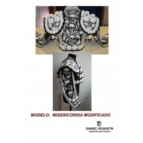 "Traje de luces modelo ""Misericordia modificado"""